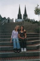 Irina, Valeria and the cathedral of Cologne